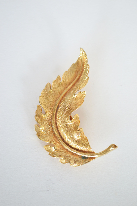 Vintage Feather Brooch